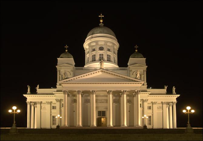 Symmetrical composition of Nikolai Church